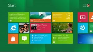 """Windows 8 - plytelėmis klotas """"Metro"""" darbalaukis"""
